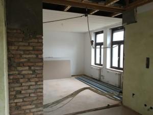 Wand Durchbruch (2)